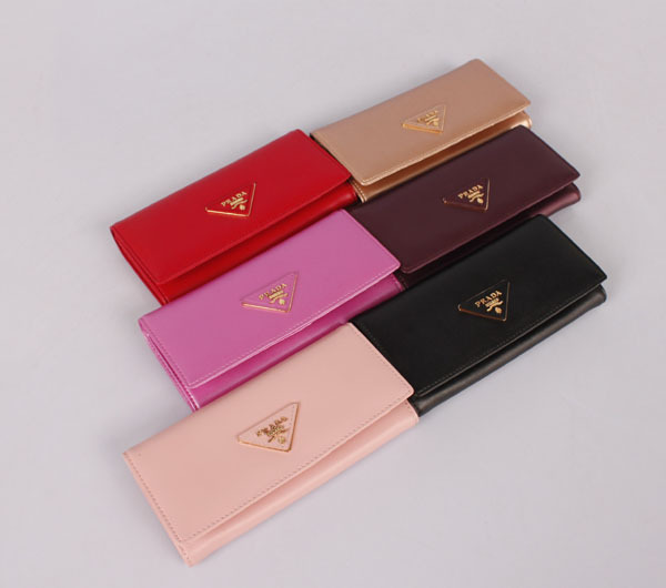 Prada P1-514 Red Wallet
